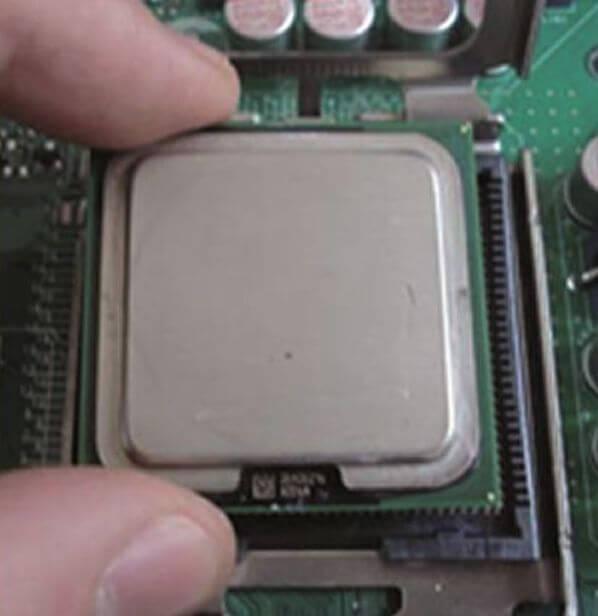 işlemci montajı 4