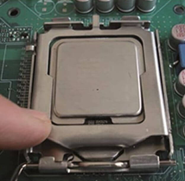 işlemci montajı 6